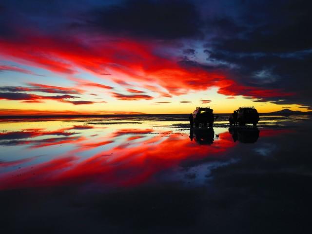 ウユニ塩湖の夕暮れ|天空の鏡|ボリビア'・ウユニ塩湖旅行@ブループラネットツアー