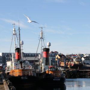 アイスランドの捕鯨船 アイスランド旅行@ブループラネットツアー