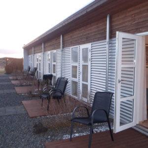 ボルガネス ホテルのテラス アイスランド旅行@ブループラネットツアー