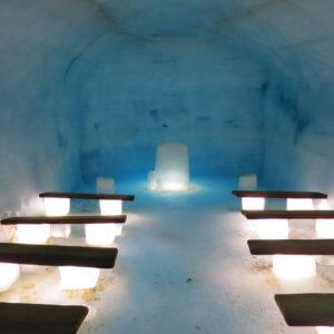 アイスケイブの教会 アイスランド旅行@ブループラネットツアー