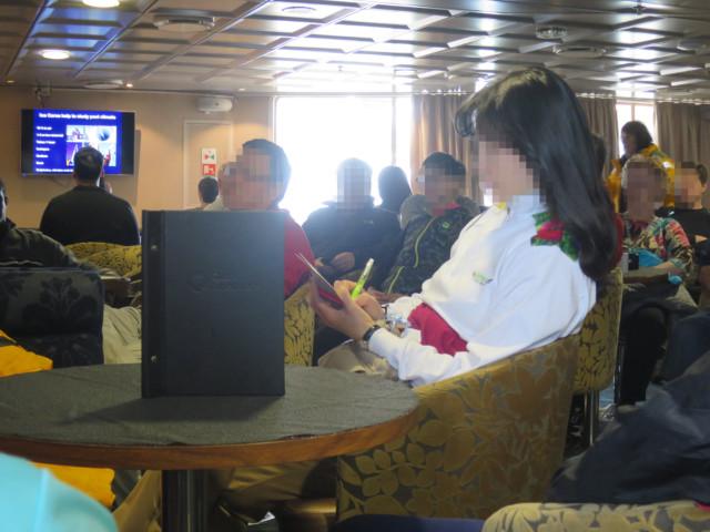 南極クルーズ中の講義