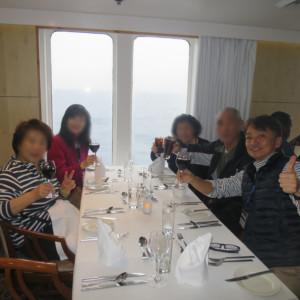 南極クルーズ中の食事|南極クルーズ船|南極・南極上陸クルーズ旅行@ブループラネットツアー