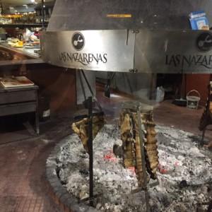 ブエノスアイレスのレストラン 南極クルーズ船 南極・南極上陸クルーズ旅行@ブループラネットツアー