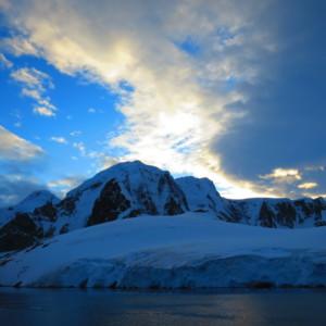ルメール海峡|南極クルーズ船|南極・南極上陸クルーズ旅行@ブループラネットツアー