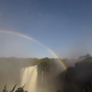 南部アフリカ ビクトリアの滝 」ルナレインボウ 南部アフリカ旅行@ブループラネットツアー