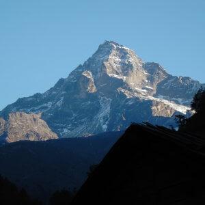 エベレスト街道 ルクラ パリ峰 ネパール・エベレスト街道トレッキング旅行@ブループラネットツアー