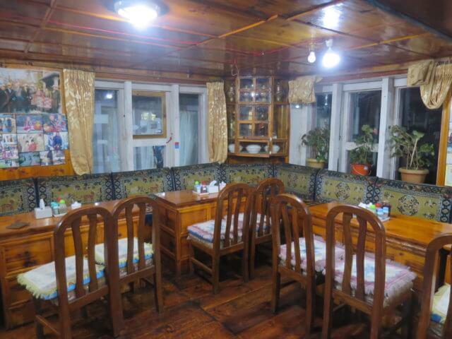 ロッジの食堂