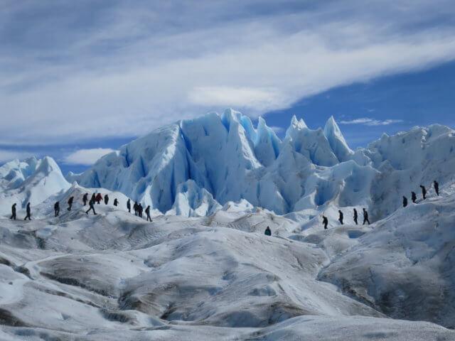 ペリートモレノ氷河ハイキング