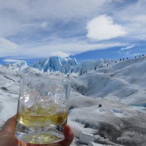 ペリートモレノ氷河|氷河ウィスキー|アルゼンチン・パタゴニア旅行@ブループラネットツアー