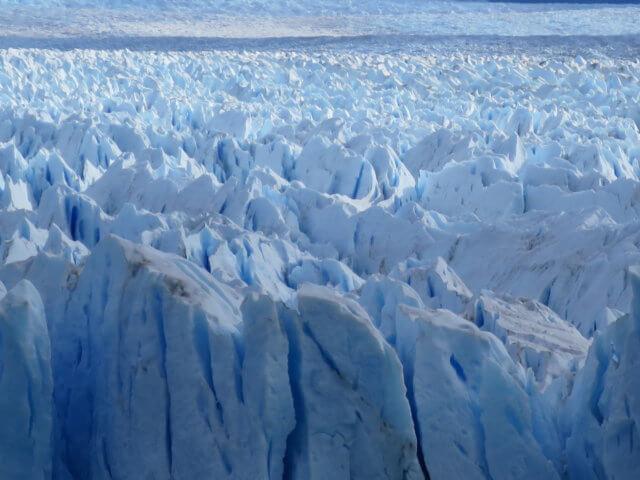ペリートモレノ氷河の氷|アルゼンチン・パタゴニア旅行@ブループラネットツアー