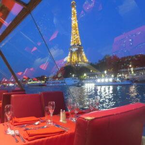 セーヌ河ディナークルーズの車窓 フランス旅行@ブループラネットツアー